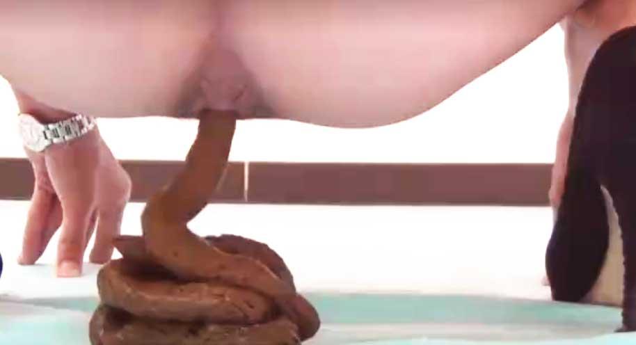 スカトロ・脱糞エロ動画
