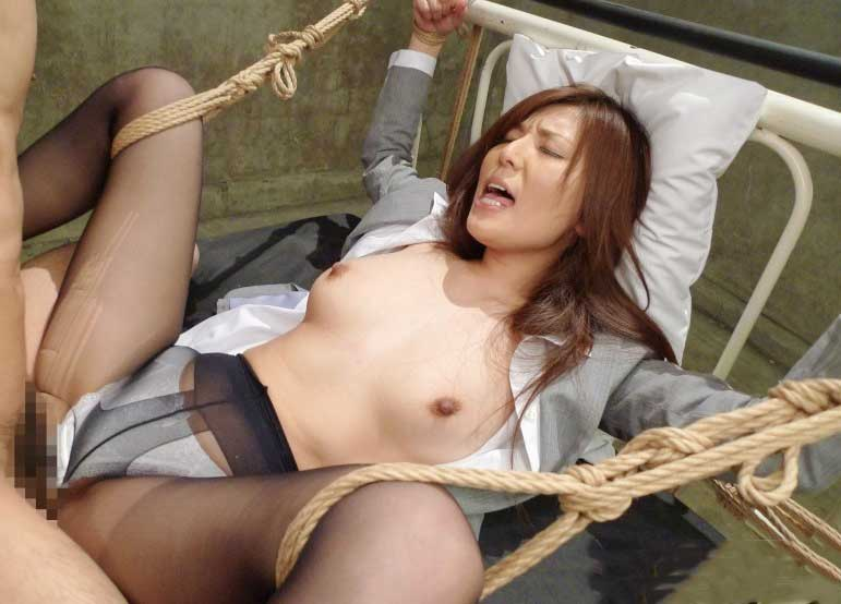【SM動画】激カワなパンスト美女が麻縄で緊縛拘束された状態で淫乱セックスで責められエロ顔絶頂調教プレイ《美乳×ハード》