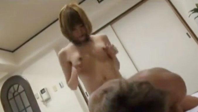 【ニューハーフ】素人美乳男の娘が変態M男の肛門をアナルセックスで激突きピストン!《フェチ・マニアック・変態。》