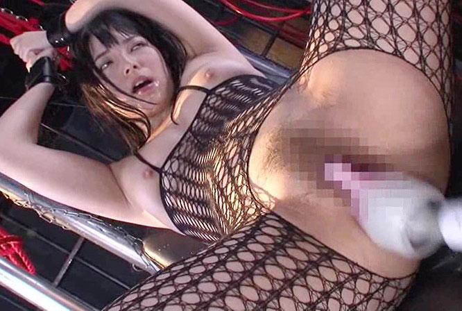 【SM 調教】美巨乳お姉さんが拘束された状態でローターや大量の電マで責められアへ顔絶頂アクメ連発!!