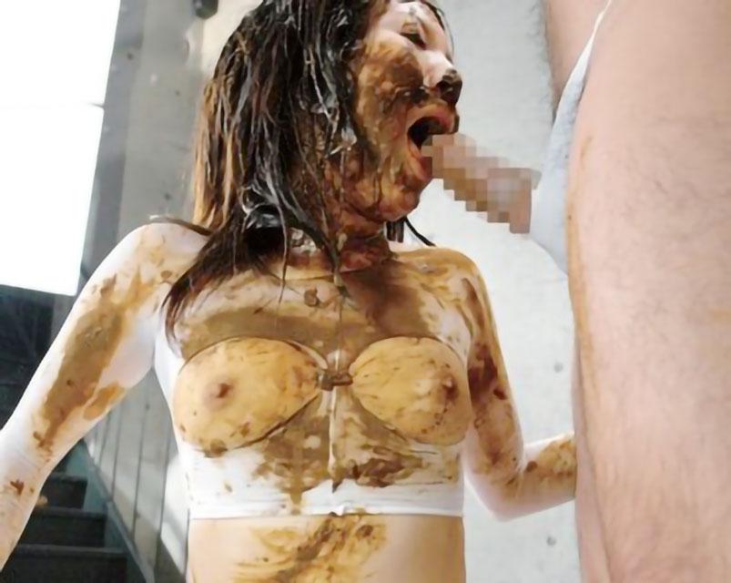 【スカトロ】ウンチを大量脱糞して塗糞しまくってハードスカトロプレイ!!【フェチ】