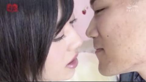 【ニューハーフ動画】かわいい美少女ニューハーフがアナルセックス!
